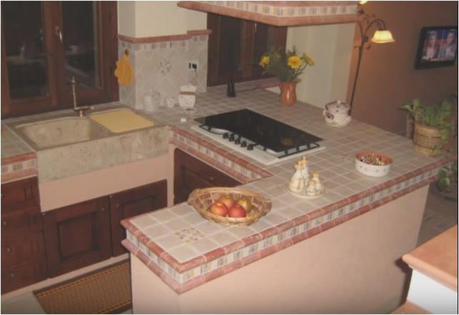 Penisola Cucina In Muratura cucina penisola in muratura e gres