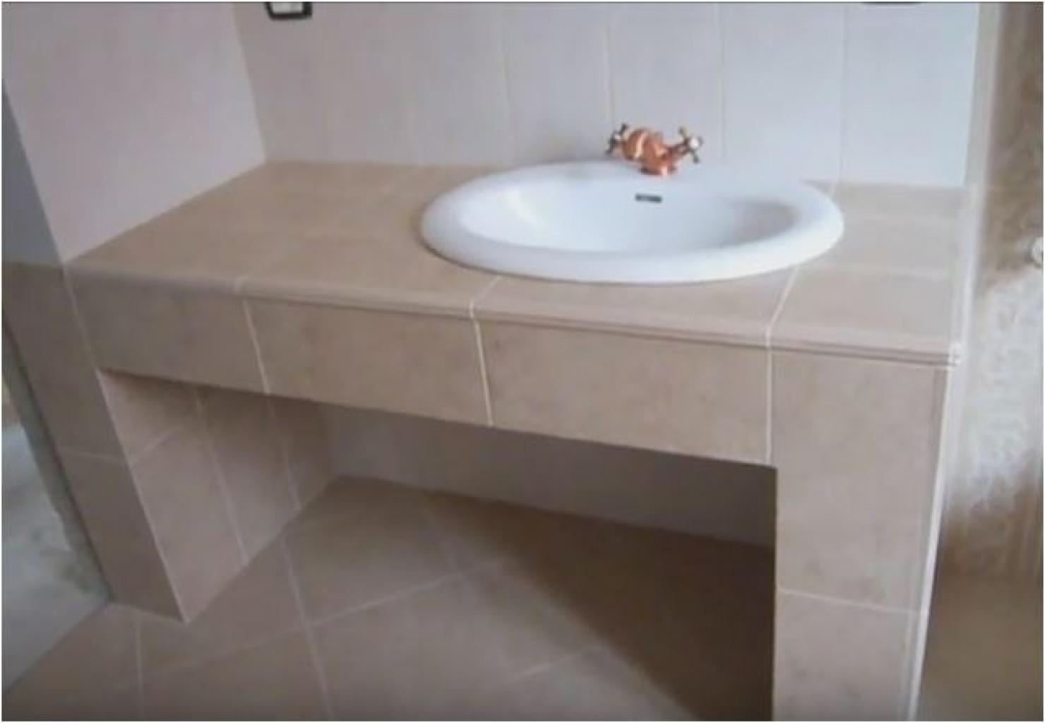 Ristrutturazione bagno con lavabo in muratura a bologna - Lavabo bagno muratura ...